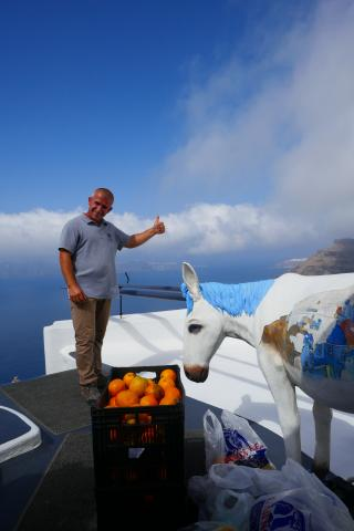 Thumbs up for Santorini